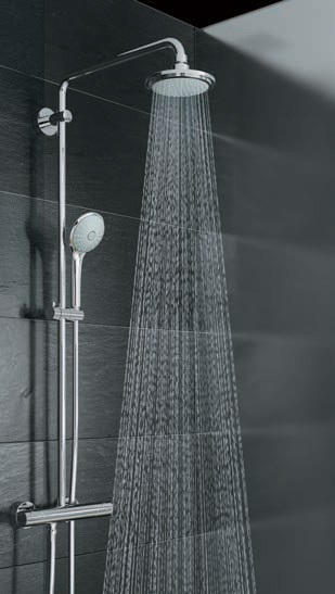 grohe euphoria duschsystem rainshower zur wandmontage. Black Bedroom Furniture Sets. Home Design Ideas